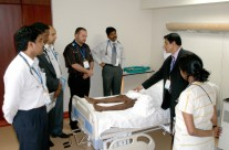Dr. Sahadulla in an MRCP PACES course session